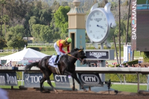Danzing Candy - Mike Smith - wins race 7