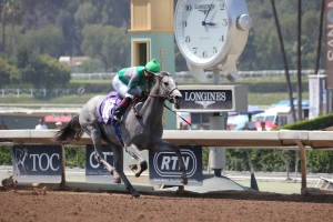 Silver Assault - Martin Garcia - wins race 4 (7)