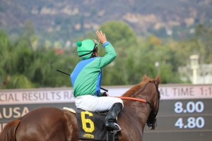 causa-norberto-arroyo-winner-race-4-7