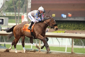 cash-prize-chantal-sutherland-wins-race-4